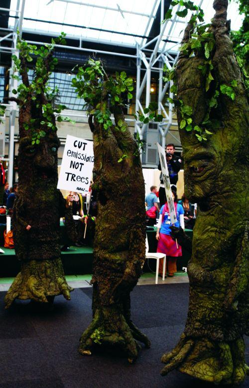 Avaaz_Trees11.jpg_cmyk1